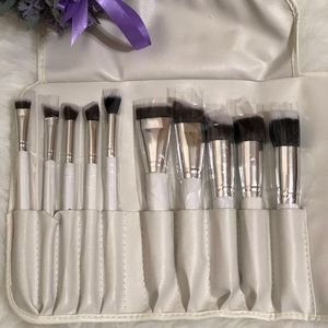 Other - ●10-Piece Sculpting Brush Set + Brush Roll ●